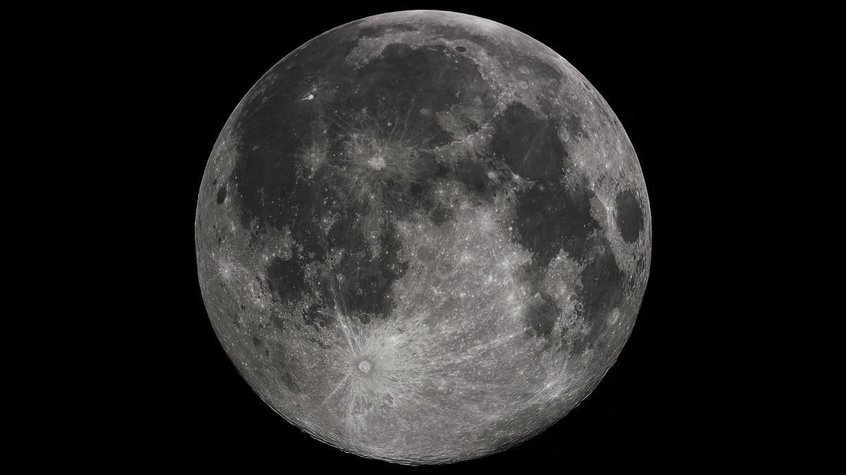 China's Chang'e-3 lunar probe has entered orbit around the Moon (Photo: Gregory H. Revera via Wikipedia)