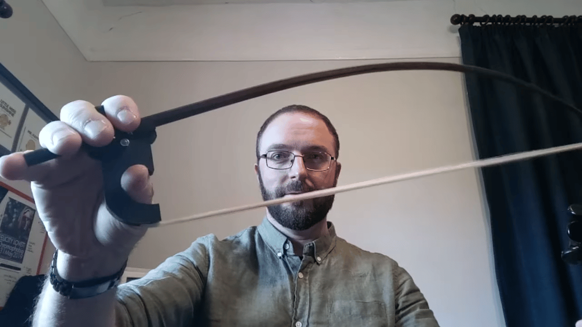 The Polycorde (many strings) Bow allows you to flip between sounding like a single violin or a quartet