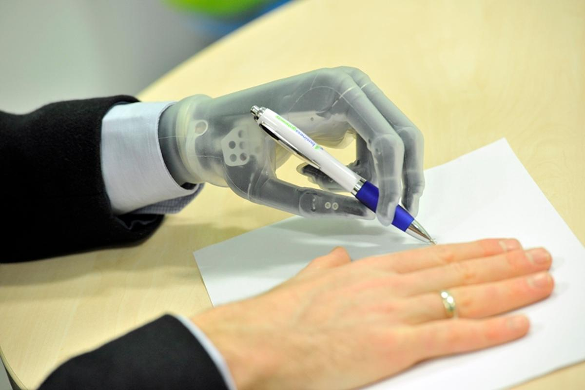 Touch Bionics has given its i-limb Ultra Revolution a number improvements to its grip functionality
