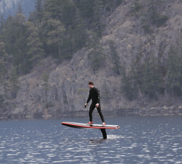 The HydroFlyer can also be ridden without its detachable handlebars