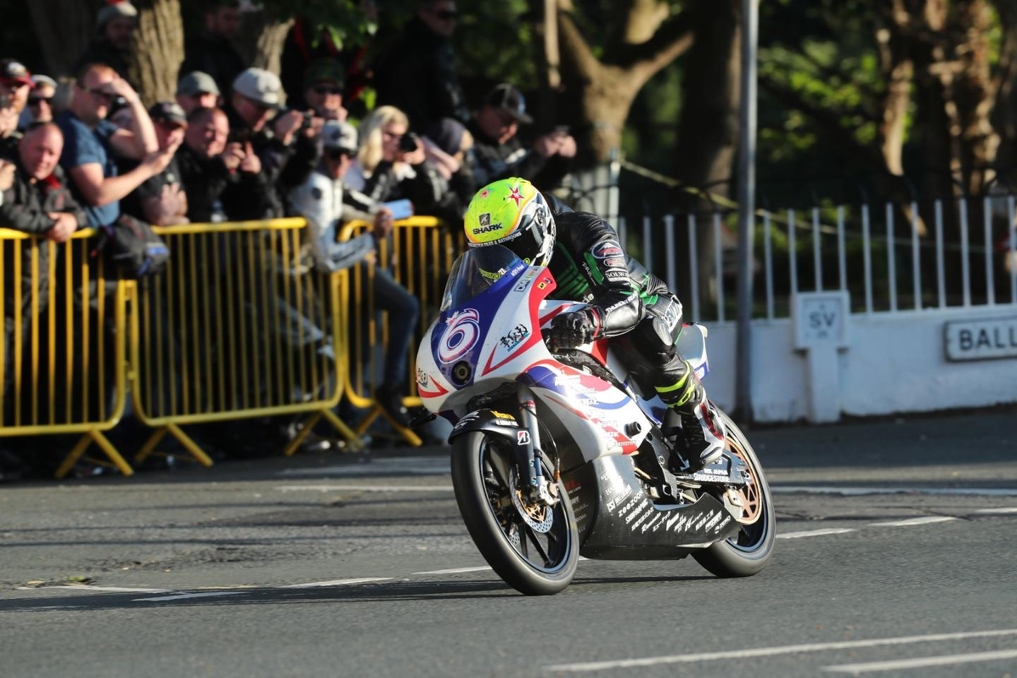 Ian Lougher on the Team Mirai electric prototype, on his way to a third-place finish