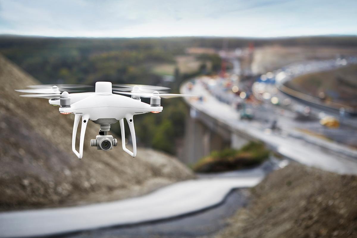 DJI's Phantom 4 RTK: ultra-precise positioning system for industrial applications