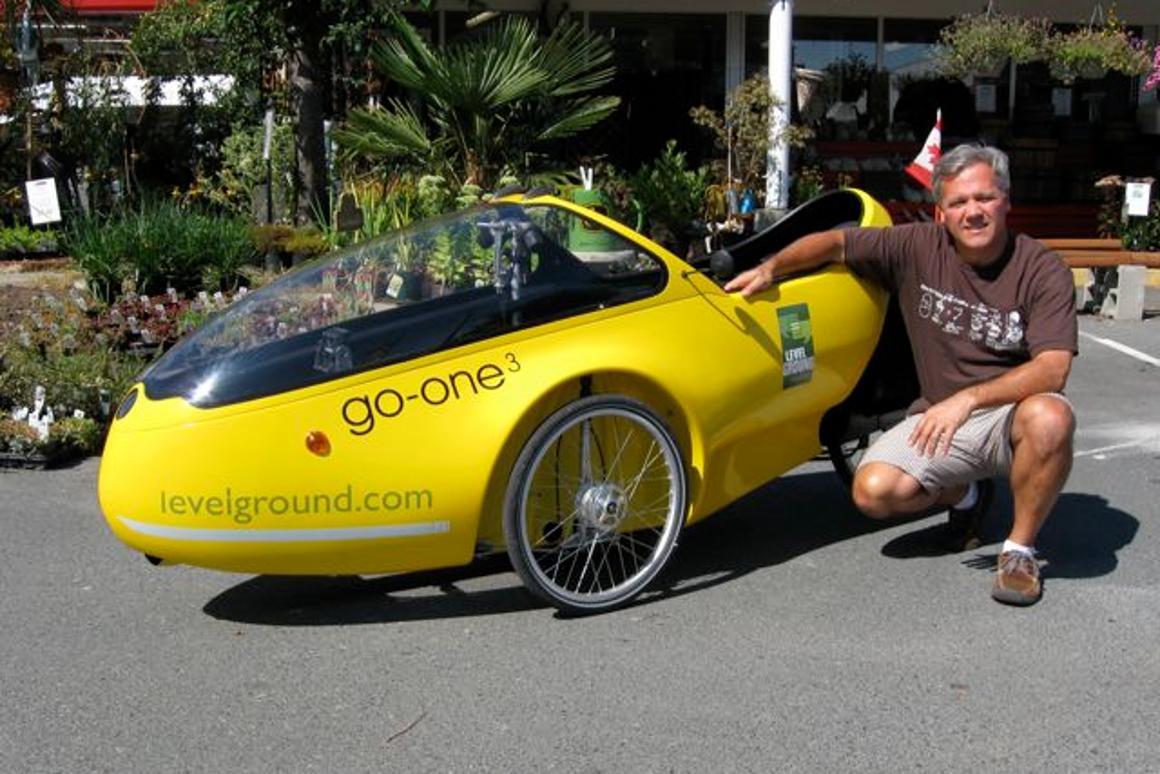 Hugo Ciro and his Beyss Go-One velomobile
