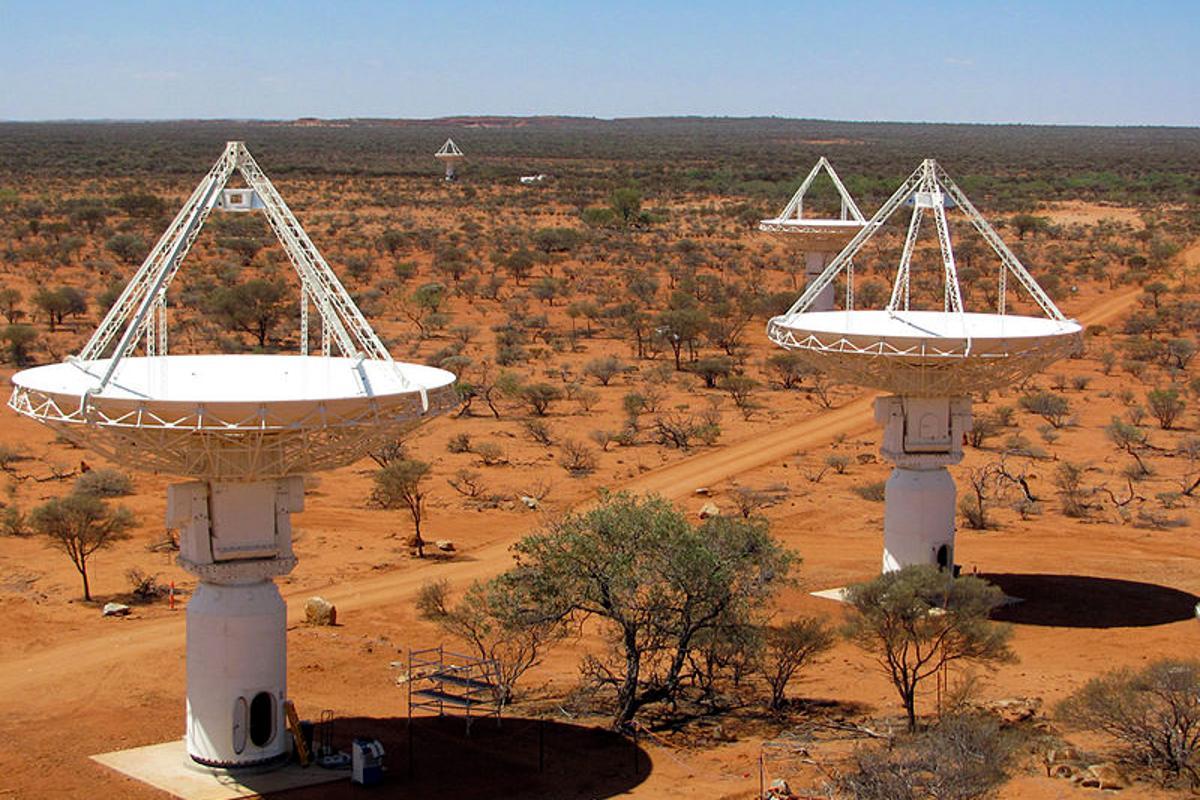 The West Australian ASKAP raido telescope array (Credit: Ant Schinckel, CSIRO)