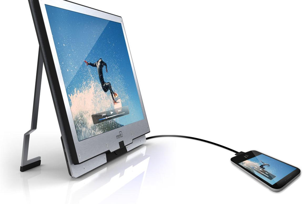 MMT's Monitor2Go is a 15.6-inch HD monitor, that mirrors the screen content of an attached mobile device