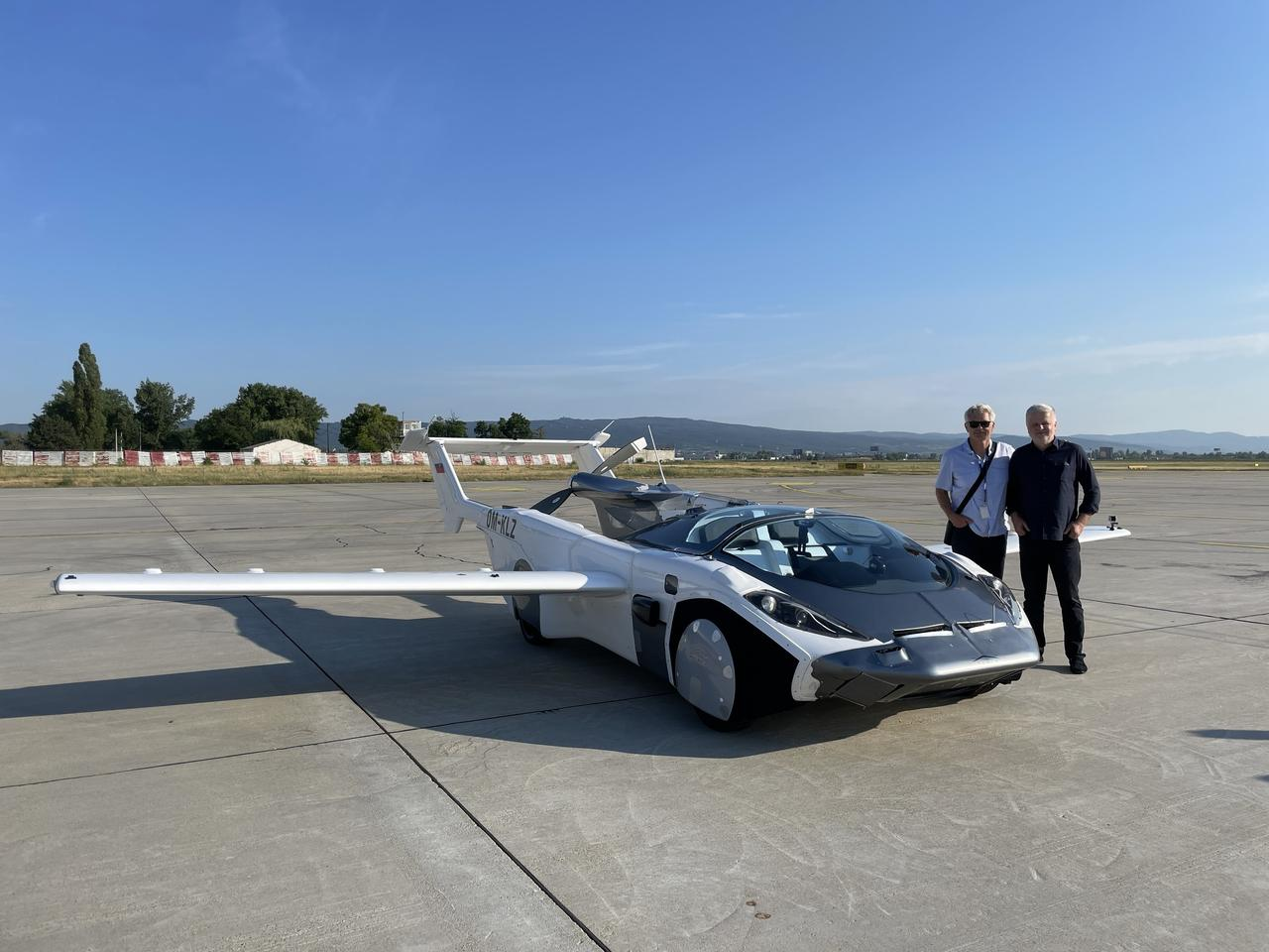 Klein Vision's Anton Zajac (left) and Professor Stefan Klein (right) with the transforming AirCar prototype