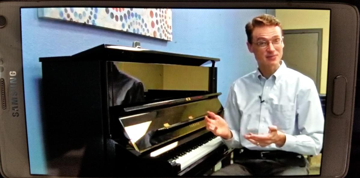 The Hoffman Academy is the basis for the video lessons in the One Smart Piano system