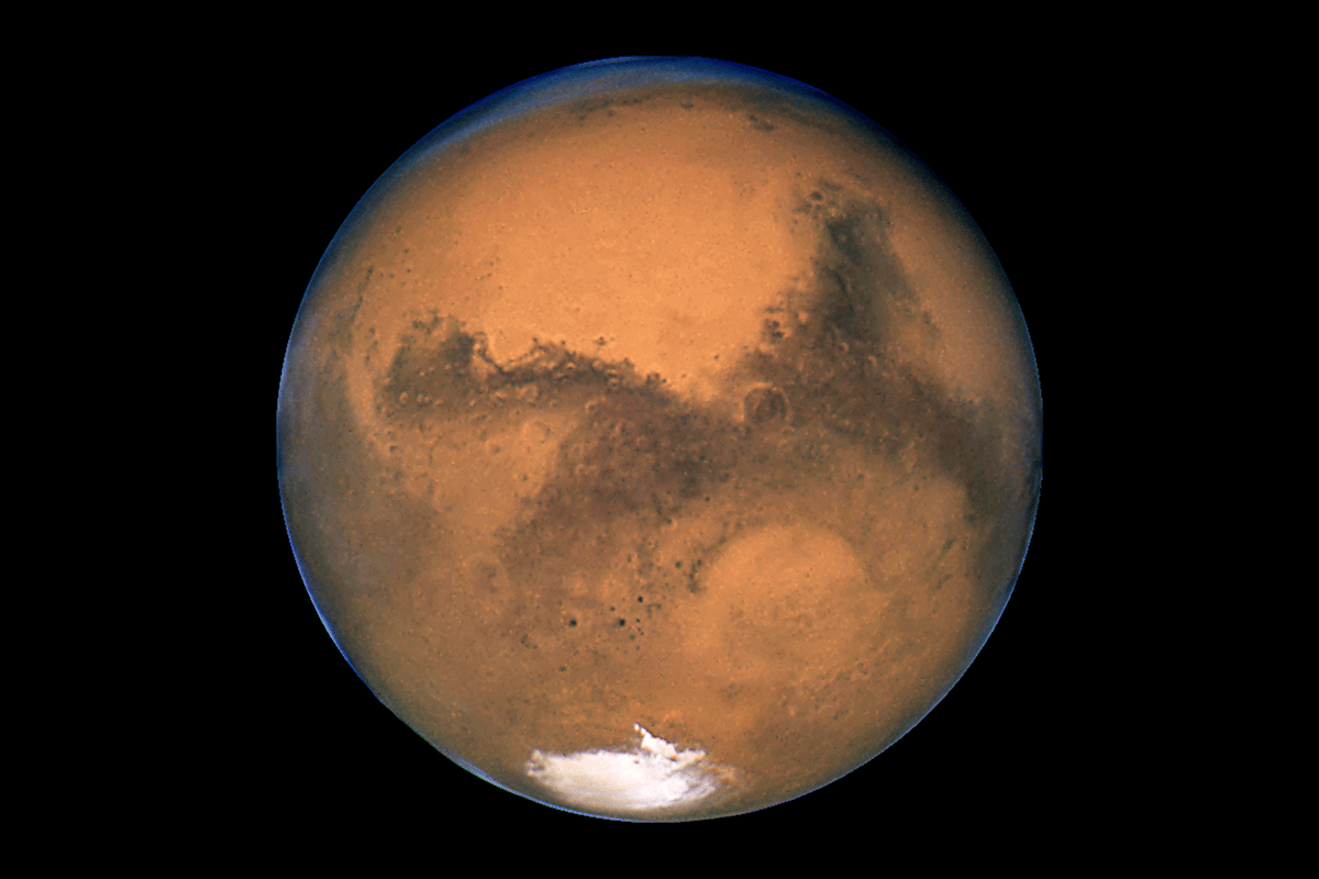 A Harvard team has found that a thin layer of silica aerogel could make patches of Mars more liveable