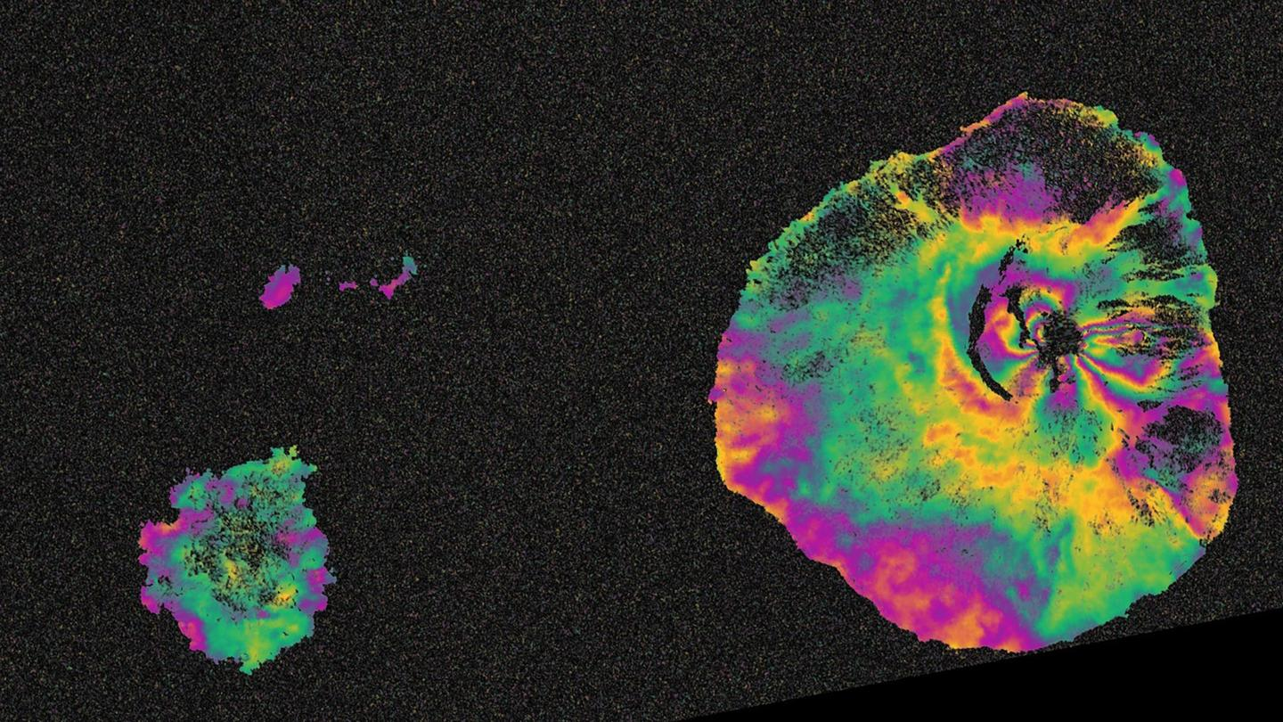 The Fogo volcano as seen by Sentinel-1A (Copernicus/ESA/Norut-PPO.labs–COMET-SEOM InSARap study)