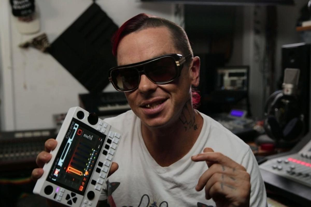 Slipknot's Sid Wilson has provided a number of song patterns for the KDJ-ONE