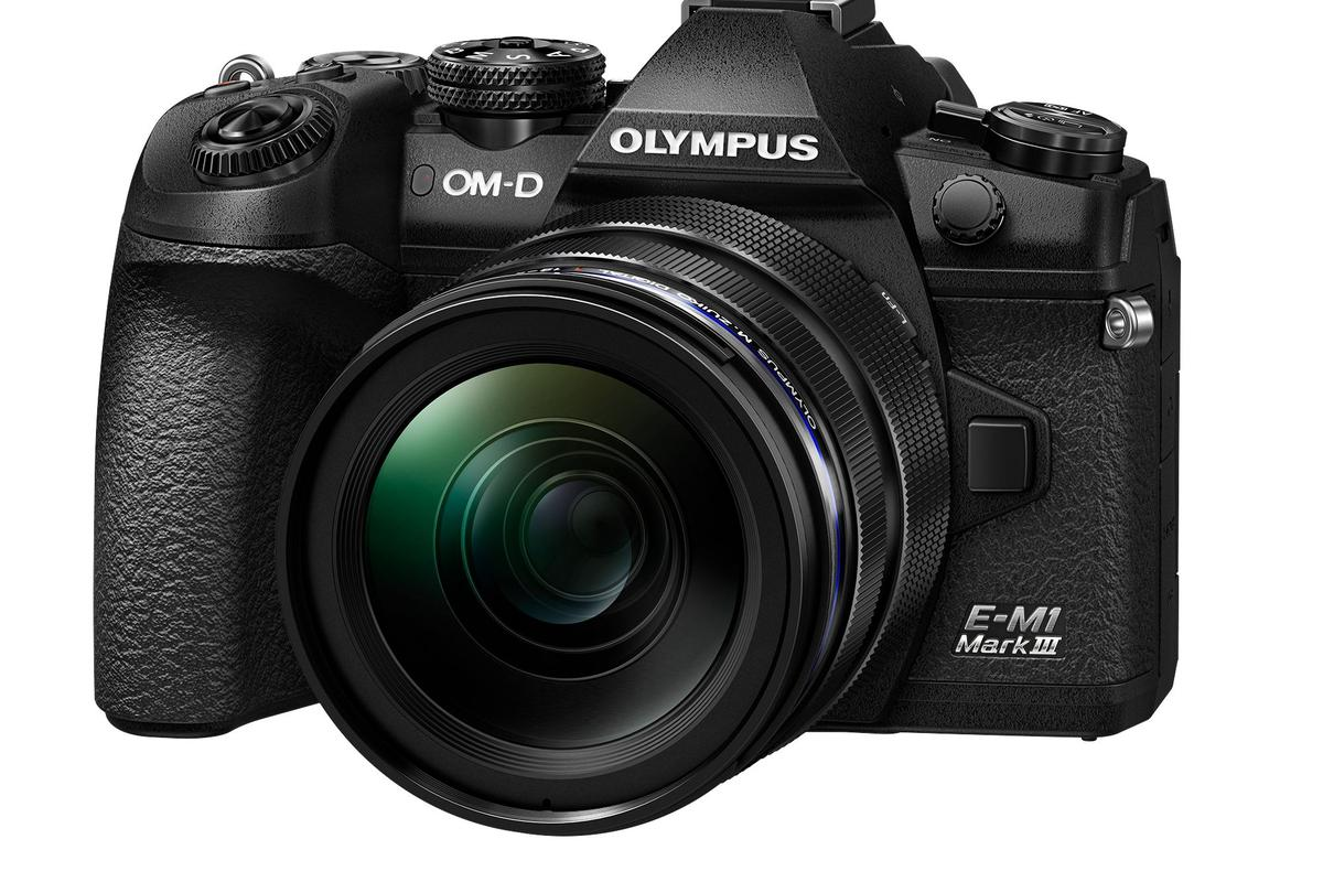 The E-M1 features in-body image stabilization that can reduce camera shake by up to 7 stops