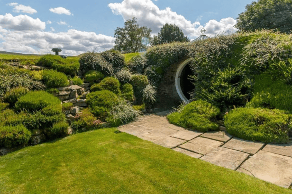 Underhill is on the market for a cool £700,000 (roughly US$918,400)