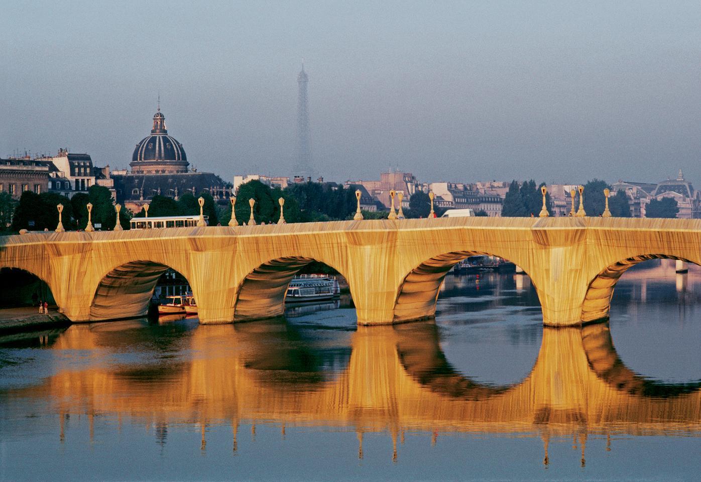 The Pont Neuf Wrapped, Paris, 1975-85