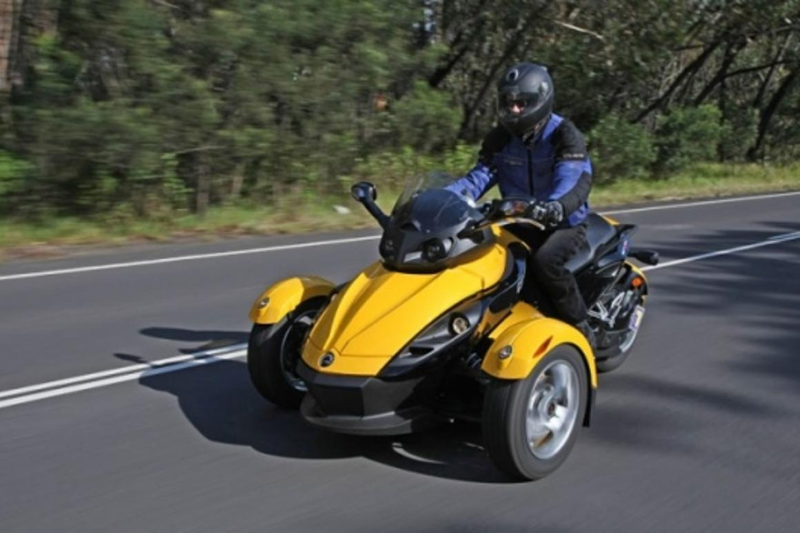 Can Am Spyder Roadster >> Can Am Spyder Roadster Review