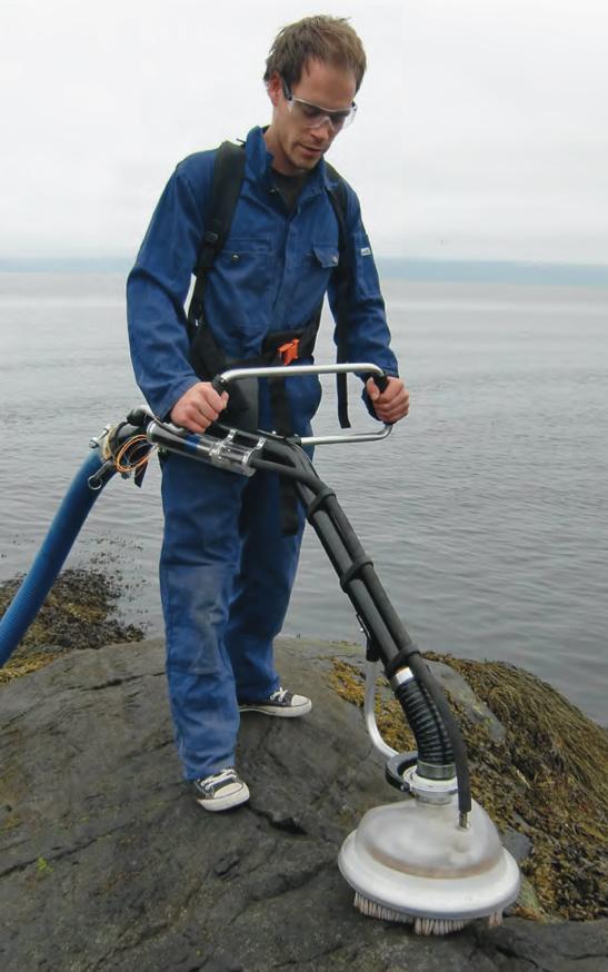 The MOSE (Mechanical Oil spill Sanitation Equipment) oil spill vacuum