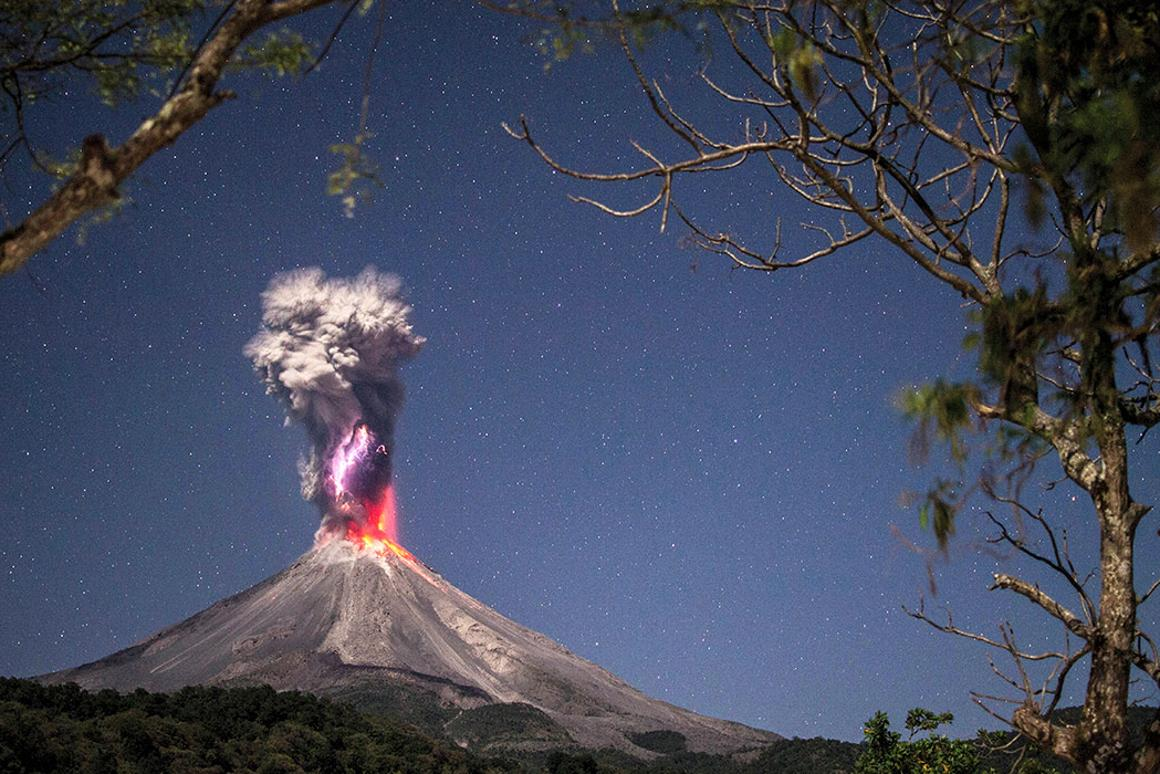 The Colima volcano erupting at night, a winning photograph in the Landscape Category