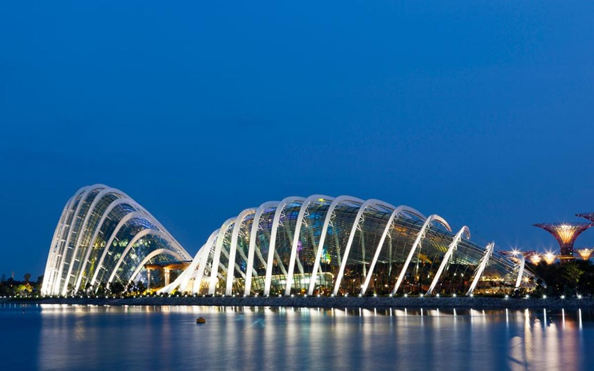 Cooled Conservatories at Gardens by the Bay, Singapore, World Building of the Year: designed by Wilkinson Eyre, Grant Associates, Atelier One and Atelier Ten.