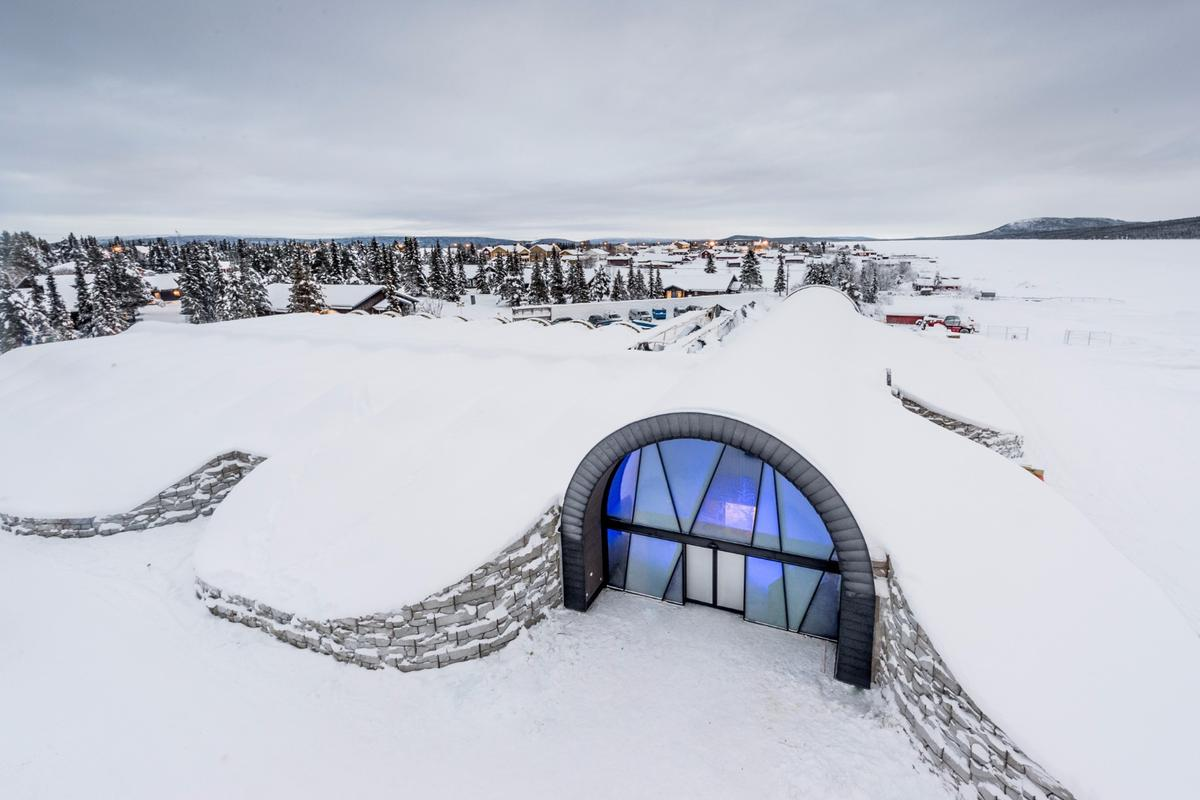Thanks to a huge solar array powering a refrigeration plant, theIcehotel 365stays open all-year-round