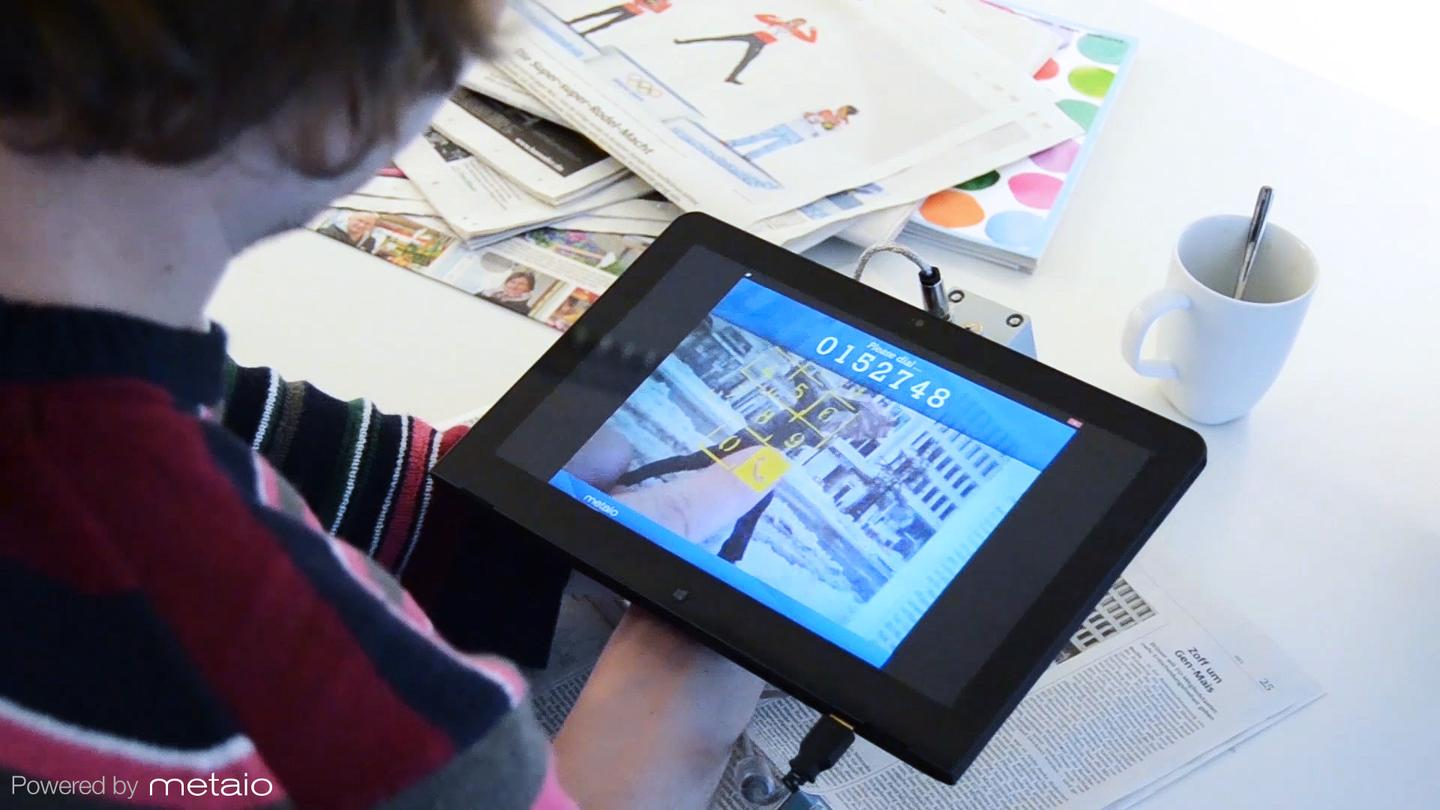 The current prototype makes use of a standard camera, plus an infrared camera mounted on a tablet (Photo: Metaio)
