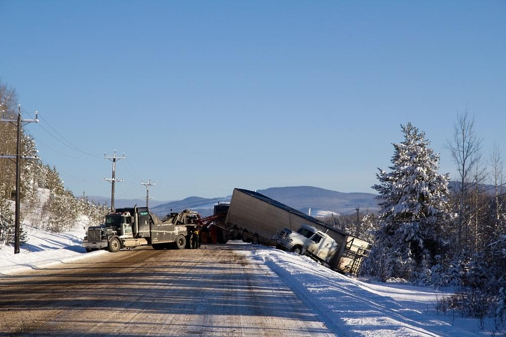 A new device could help keep transport trucks from jack-knifing (Photo: Shutterstock)