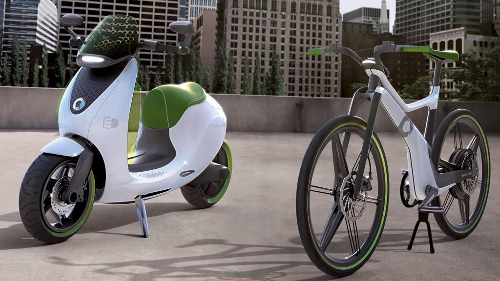 Like its ebike (right), smart will put the escooter (left) into production ahead of a planned 2014 launch