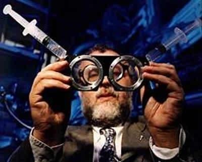 Prof. Josh Silver with his adaptive eyeglasses