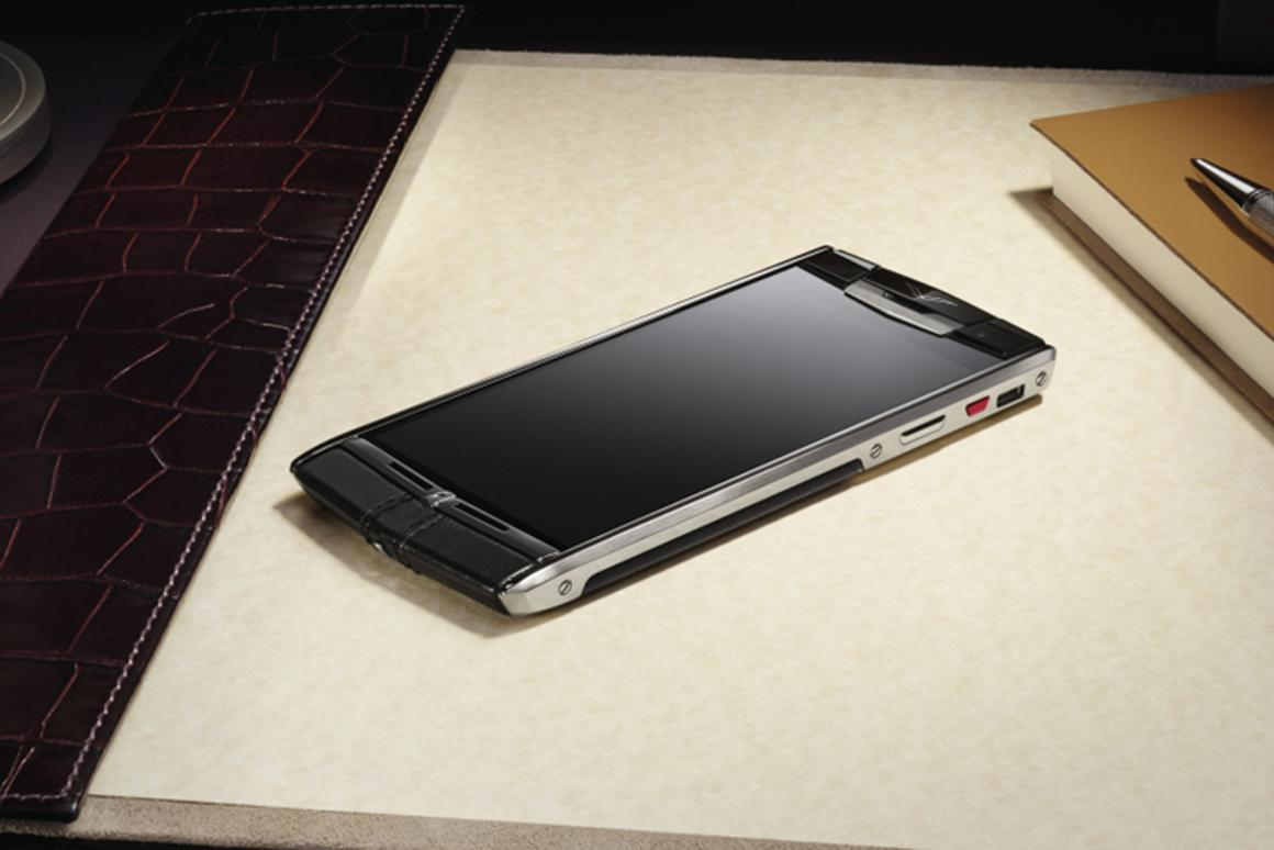 The Vertu Signature Touch – high-end specs and luxury build