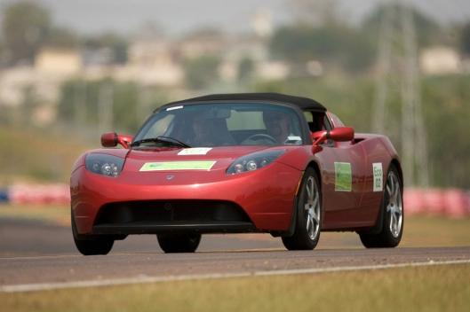 Tesla Roadster: 313 miles (501km) through the Australian Outback on a single charge