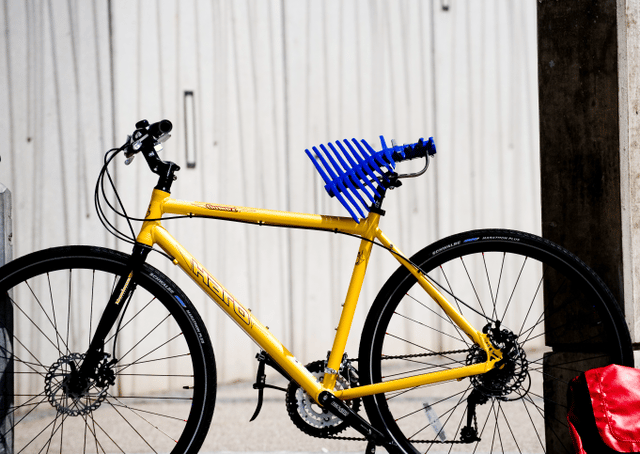 The Manta bicycle saddle