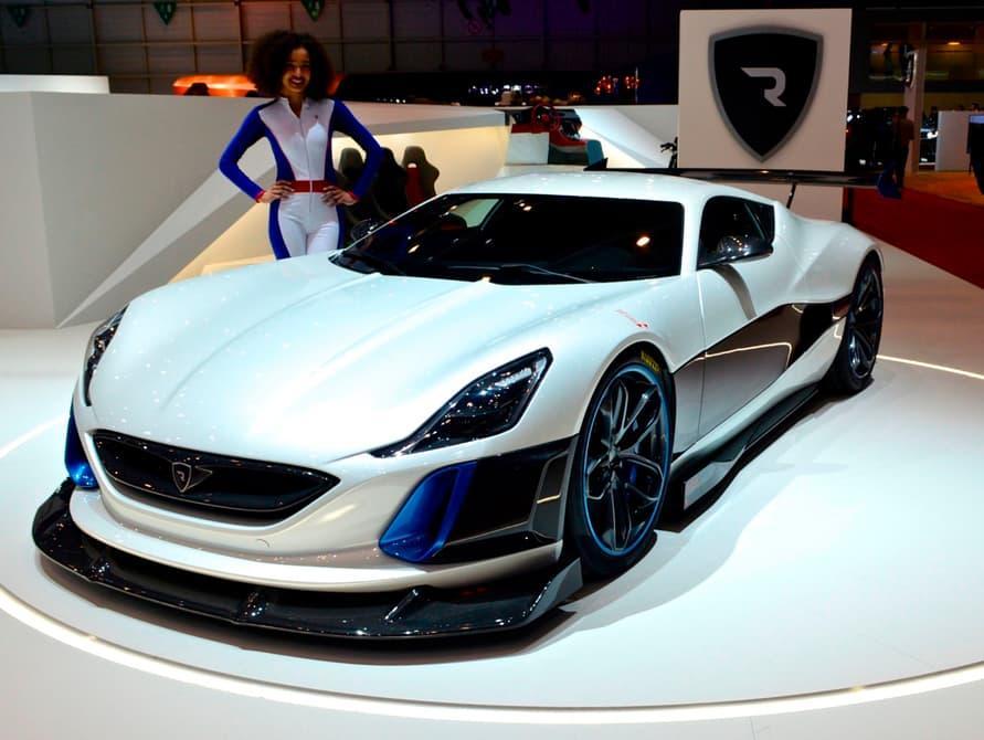 Debuted at the 2016Geneva Motor Show, the Concept S isbased on the E-Runner program