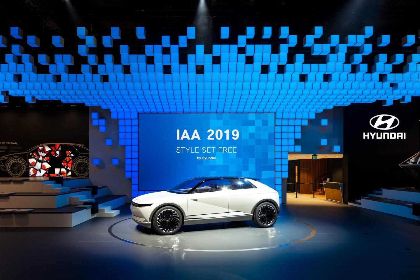 Hyundai has rolled into the Frankfurt Motor Show with a new concept built with autonomy and electric propulsion in mind