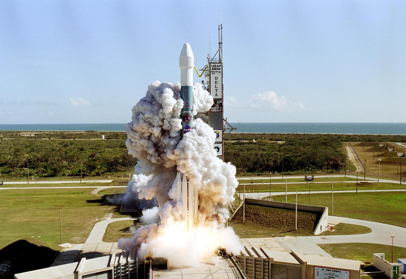Deep Impact launching in 2005 (Image: NASA)