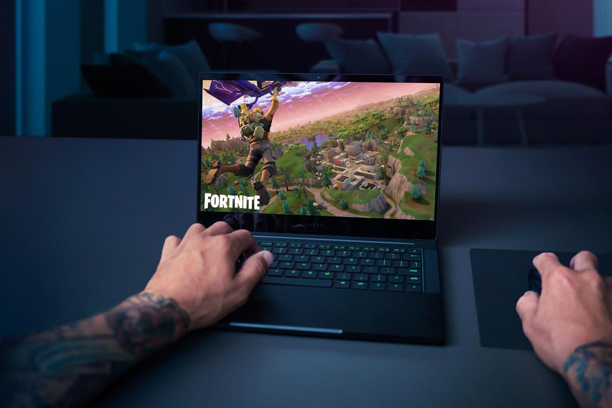 More screen in an ultraportable package: The Razer Blade Stealth gaming laptop