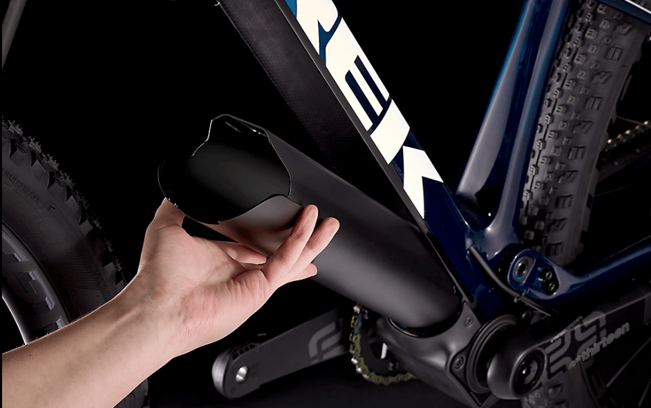 Swap the e-drive out for the hollow sleeve, and you gain a lighter, unassisted E-Caliber mountain bike