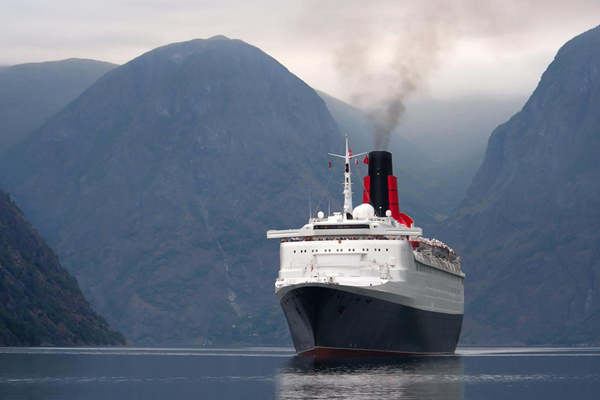 A new additive based on glycerol helps reduce pollution in marine bunker fuel used in cruise ships (Photo: Shutterstock)