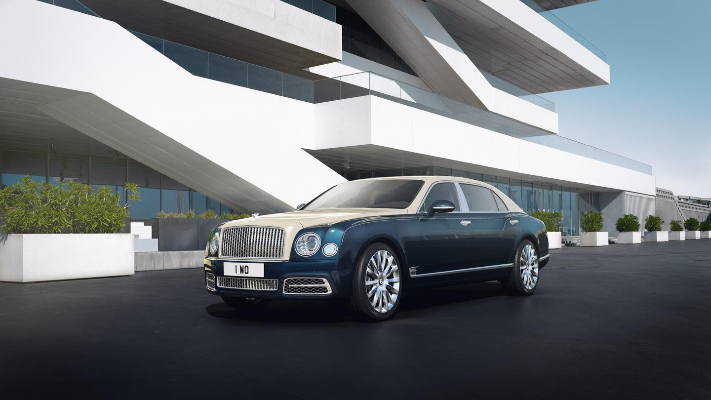 The Bentley Mulsanne byMulliner in a two-tone finish