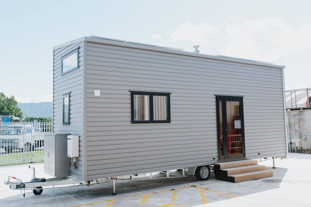 La Sombra Tiny House runs off-the-grid with a roof-based solar power array