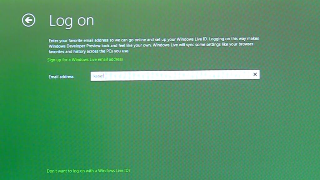 Logging into Windows 8 with a Windows Live ID will allow users to sync their personal settings and applications on multiple PCs