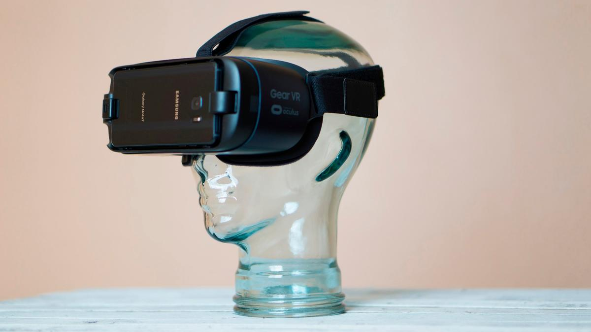 New Atlas reviews the 2016 Samsung Gear VR, an overallincremental upgrade with one big improvement