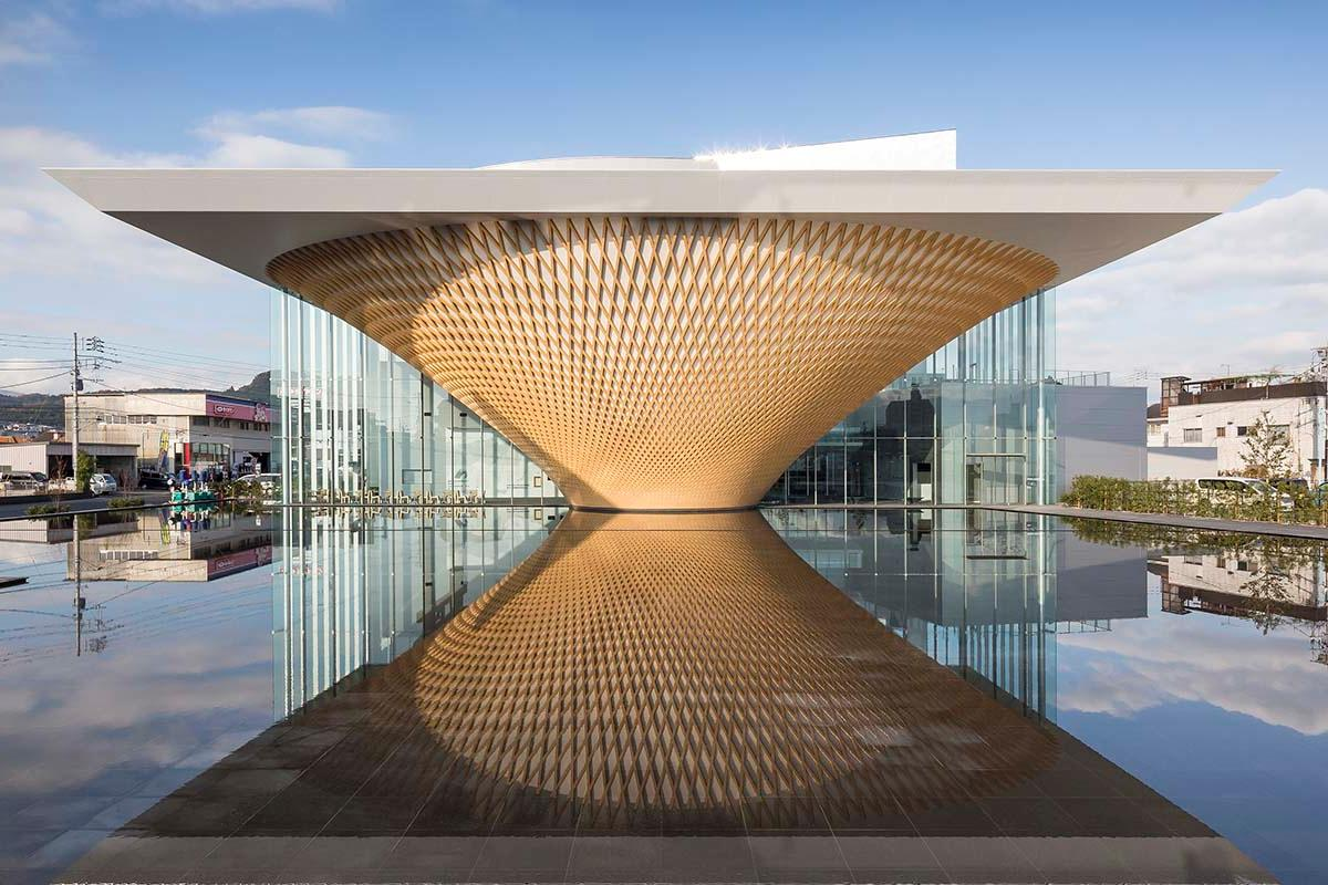 Shigeru Ban won a competition back in 2013 to design the Mt Fuji World Heritage Center