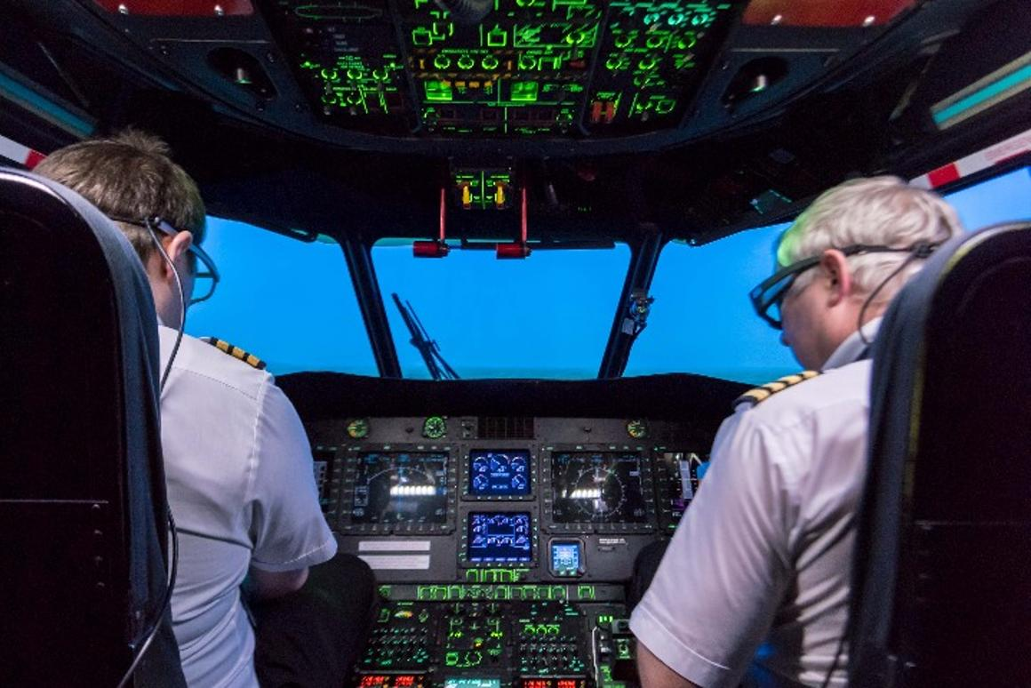 The tests used pilots in a simulator with eye-tracking infra-red glasses
