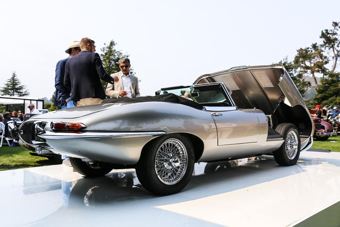 Lift the long bonnet of the the Jaguar E-Type Zero, and instead of a rce-cred DOHC six, there's an electric powerpack and motor of the same weight and dimensions