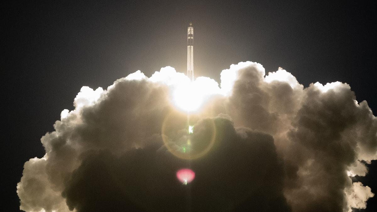 Rocket Las has successfully launched another set of satellites into space