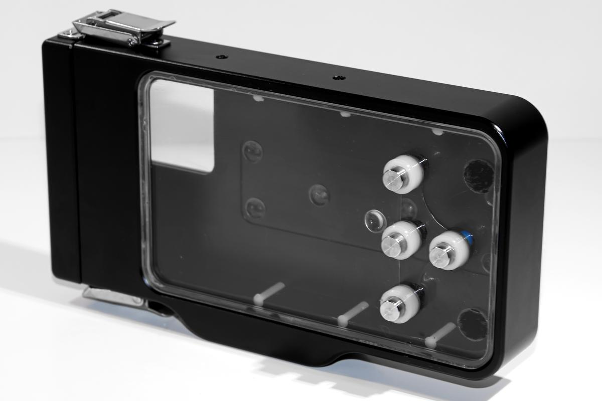 The Ovision underwater housing for iPhones 4 thru 5C