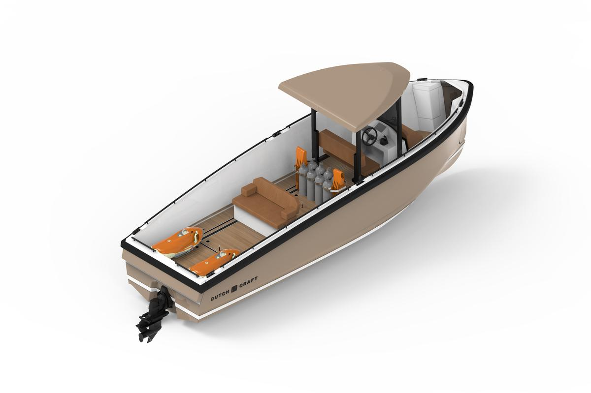 The dive boat module carries eight diving sets and leaves room for two dive scooters