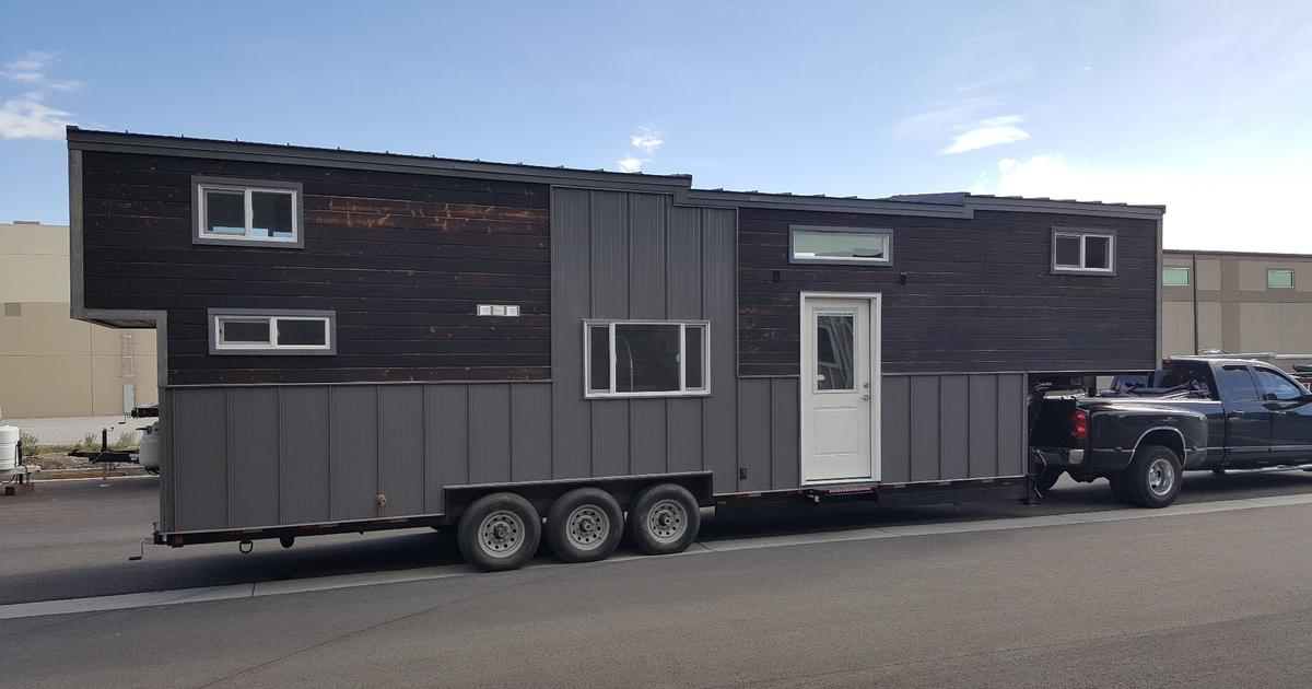 Off-grid tiny house is Giant by name, giant by nature