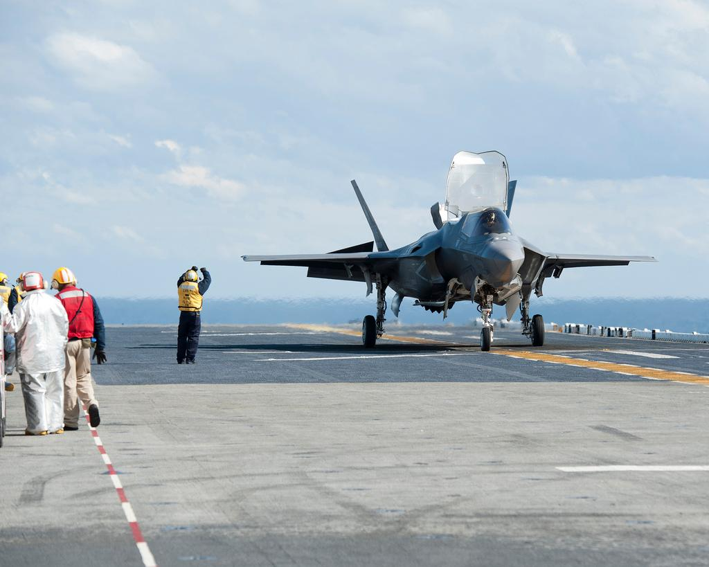 First vertical landing at sea for F-35B (Photo: Lockheed Martin)