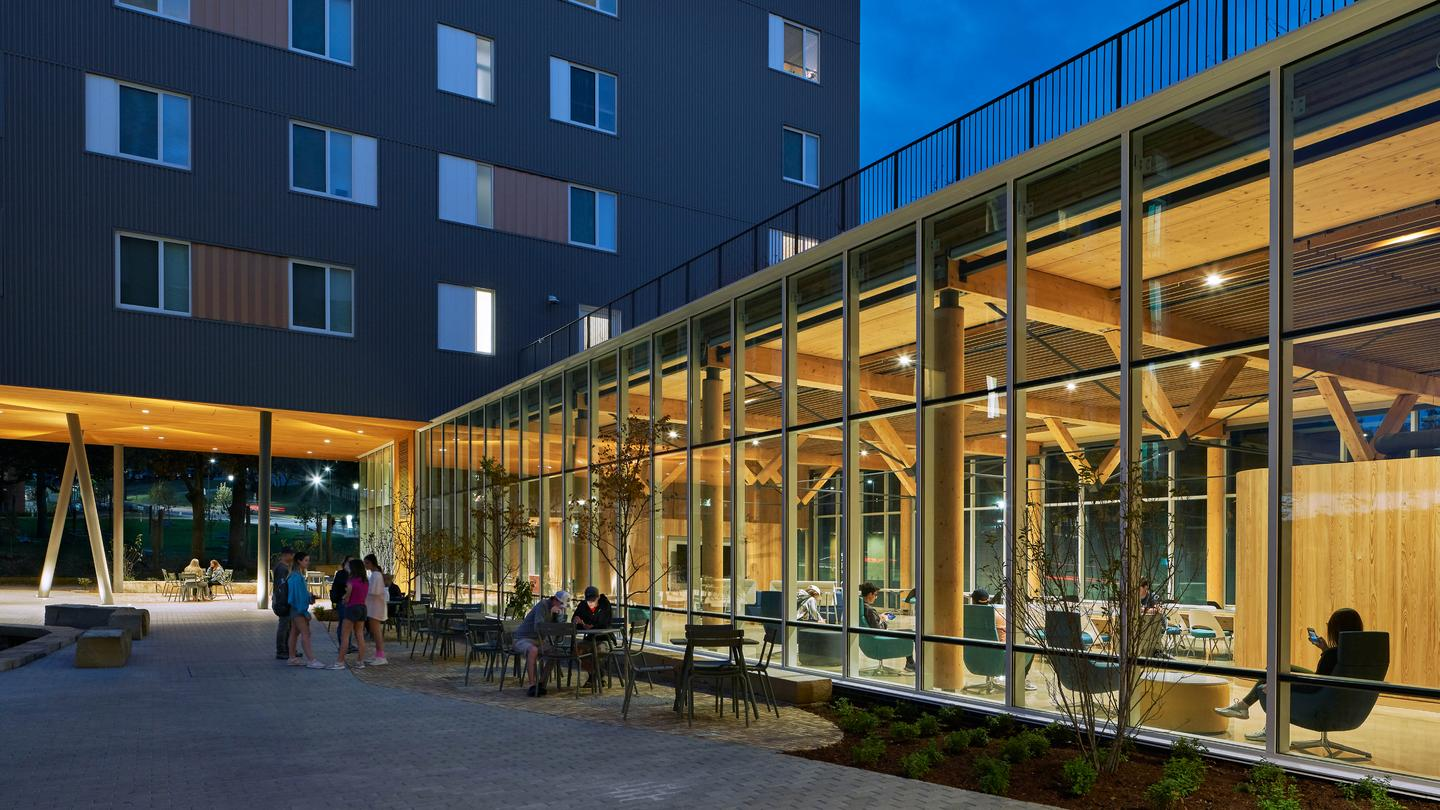 Adohi Hall was designed by Leers Weinzapfel Associates and is located in the University of Arkansas, Fayetteville, Arkansas. The project was recognized in Category 4 - Specialized Housing