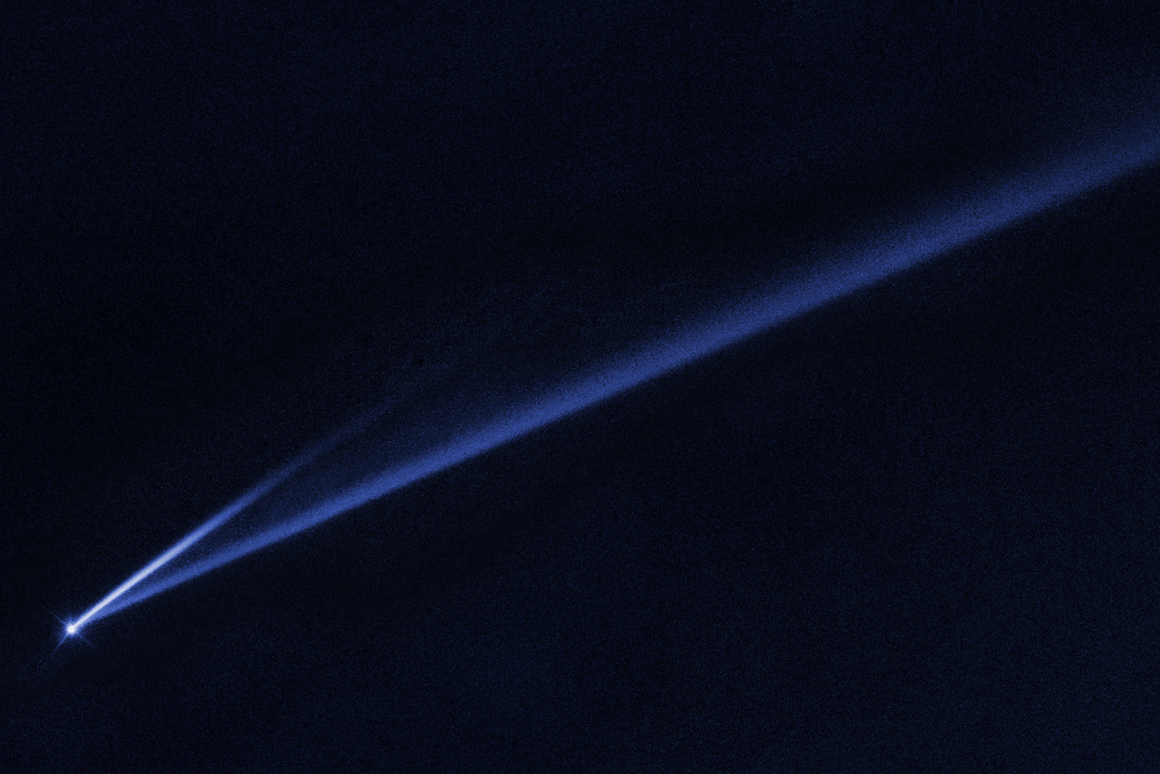AHubble Space Telescope image revealingthe gradual self-destruction of an asteroid, whose ejected dusty material has formed two long, thin, comet-like tails