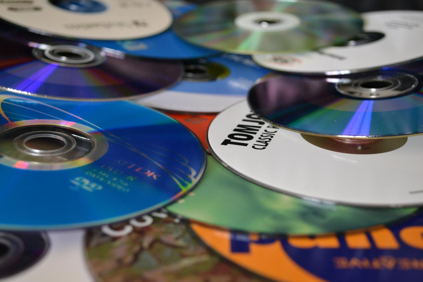 Fujitsu has developed a new recycling system to make new front panels for notebook computers from discarded CDs and DVDs (Photo: Paul Ridden/Gizmag.com)
